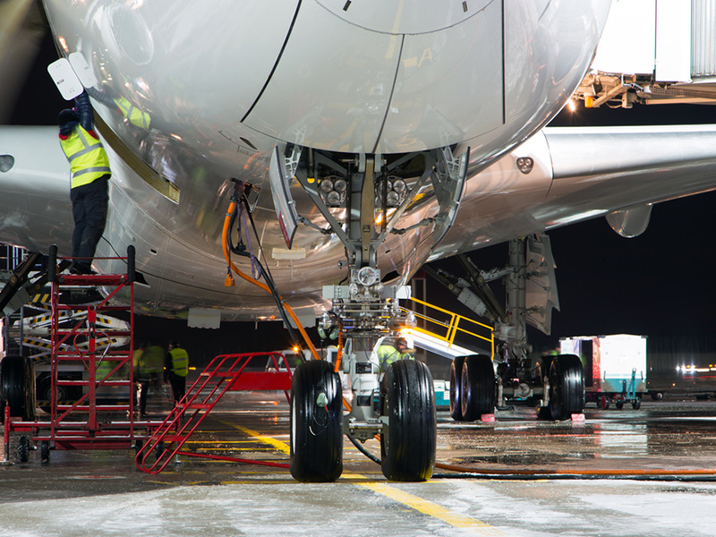 What You Should Know Before Studying Aeronautical Engineering